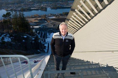 NØDVENDIG: – Driftsstøtten er helt nødvendig for oss, sier Per Bergerud, leder i Vikersund Hoppsenter.