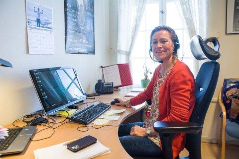 MÅ ERSTATTES: Kommuneoverlege Beate Smetbak starter i ny jobb 1. april. Hun må dermed erstattes, og prosessen starter for fullt på nyåret.