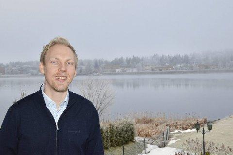PÅ TOPP: Wiggo Smedberg hos Eiendomsmelger 1 Modum tjente best av de lokale meglerne i fjor.