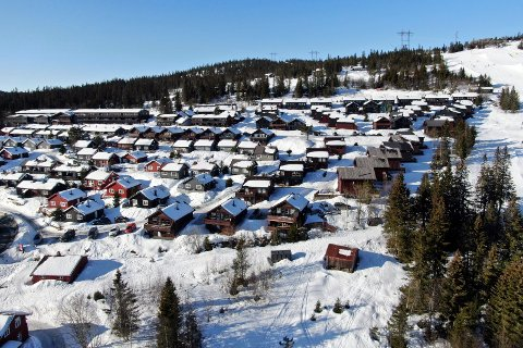 Krødsherad, Norefjell skisenter, Mountain Lodge, Norefjell, Hytter, vinterferie, snø, ski. Drone.