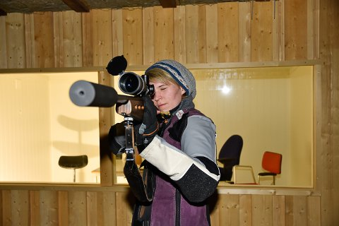 HÅPER PÅ DELTAGERREKORD: Det er allerede påmeldingsrekord til Jaktfeltstevnet. Nå håper Ann Merethe Andersen at alle kommer så de også får deltagerrekord.