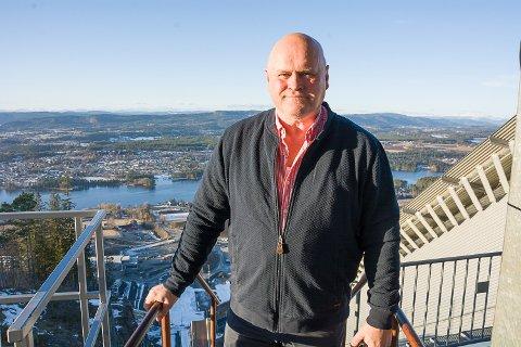 STYRELEDER: Albert Hæhre er styreleder i SVH Drift AS, som skal drifte Vikersund Hoppsenter. Daglig leder er Per Bergerud.