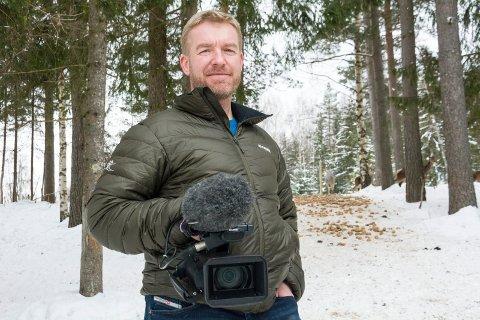 HJEMMEBANE: Runar Høgfoss holder jaktfilm-show på hjemmebane på Eikvang onsdag 5. februar.