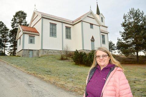 UTENDØRS BEGRAVELSE: Da sokneprest Lise Wold Kleven fikk spørsmål om hun kunne arrangere utendørs begravelse nølte hun ikke.