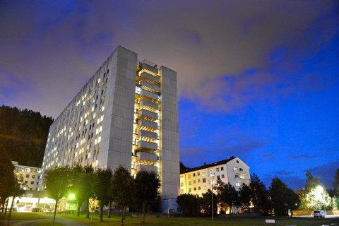 ØKER BEREDSKAPEN: Drammen sykehus øker beredskapen for å forberede seg på en økt tilstrømming av pasienter i tiden som kommer.  Det samme gjelder for Ringerike sykehus.