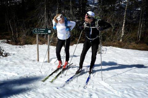 Mari Sønju fra Konnerud og Åmot, og Hans-Christian Platou fra Lier tok turen til DJupengrop i Finnemarka. Det ble to mil på ski på Hovlandsrunden.