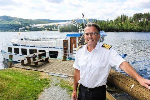 SØKER OM PENGER: Helge Lund har søkt Krødsherad kommune om penger for å videreutvikle båttrafikken på Krøderfjorden.