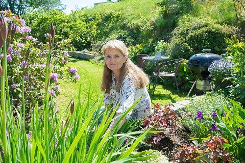 PENSJONIST: En av tingene Siri Tveiten gleder seg til når hun blir pensjonist, er å bruke mer tid i hagen.