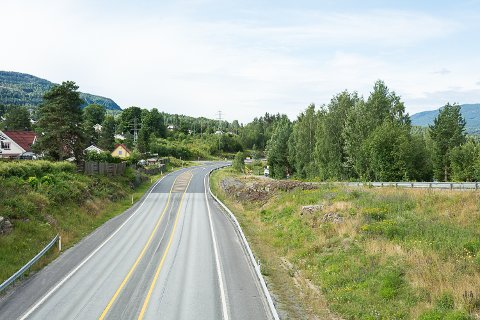STENGT: Her, ved Embretsfoss og nordover til Sporpind, blir Rv. 35 stengt fra 3. august.
