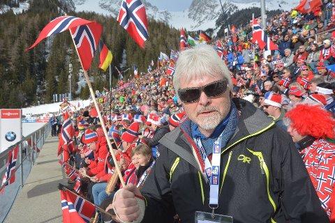 IKKE PÅ HALV STANG: Runolv Stegane holder fortsatt flagget høyt for at det vil gå bra.