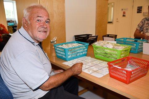 PENSJONERER SEG: Åsmund Bottegård velger å pensjonere seg når det er slutt på pakkeoppdragene fra Elko. – Det blir ikke det samme uten, forteller han.