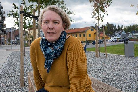 ØNSKER HANDLING: Rødt-leder May-Helen Nilsen vil at Modum skal sende et klart og tydelig signal om at kommunen vil ta imot flere flyktninger enn det regjeringen legger opp til.