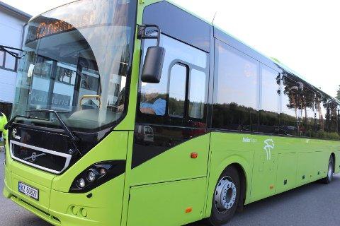 MÅ SKYSSE SELV: Bussjåfører streiker, og Modum kommune skriver at de er avhengige av at foreldre og foresatte selv ordner skoleskyss.