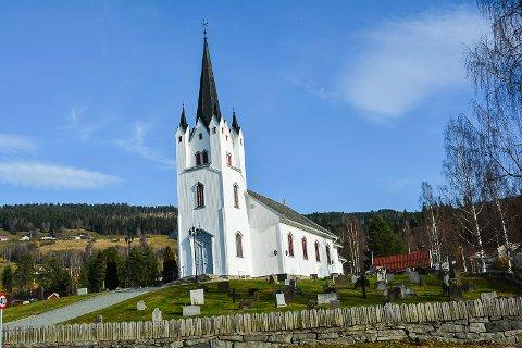 EGGEDAL: Ønsket om sentrumsutvikling har ført til kraftig debatt om hvor Kirkelig Fellesråd skal få oppføre sitt nye planlagte driftsbygg ved Eggedal kirke.