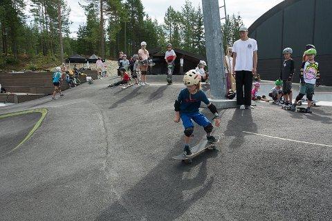PENGEDRYSS: Skateparken på Krøderen ett av de seks prosjektene i Midtfylket som har fått penger fra Sparebankstiftelsen DNB.