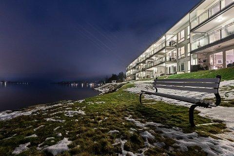 CUISESKIP: Leiligheten i Strandgården Brygge ga en av dem som deltok på visning, følelsen av å være på et cruiseskip.