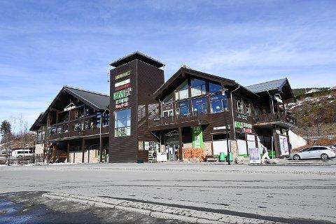 ÅPNER HER: Når Vinmonopolet åpner utsalg på Noresund en gang ut på høsten, blir det her i Norefjellporten.
