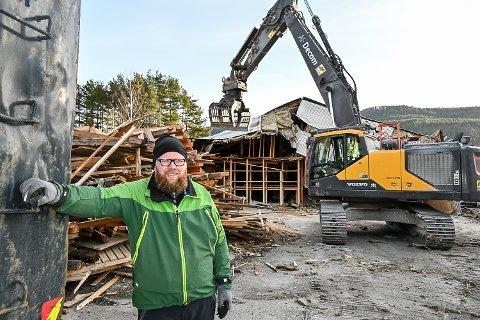 BYGGEVAREHUS: – Går alt etter planen åpner vi dørene i det nye byggevarehuset allerede i november, sier  Ole Kristian Sørlie, avdelingsleder ved XL-Bygg Noresund,