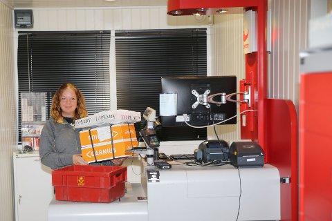 SLUTT: «Brakkelivet» til Posten på Krøderen tar slutt tirsdag 22. juli. To dager senere kan butikksjef Lise Skinnes ønske kundene velkommen til den nye Prix-butikken.