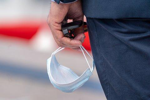 VIL BRUKE: Flertallet i Bygdepostens spørreundersøkelse svarer at de fortsatt vil bruke munnbind når de handler.
