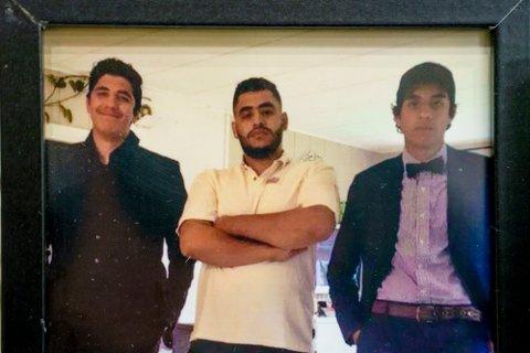 Det var brødrene Emad (20), Yahya (17) og Ibrahim (18) Jamal Sirwil som mistet livet i trafikkulykken på riksvei 7 ved Gulsvik i Hallingdal mandag kveld.