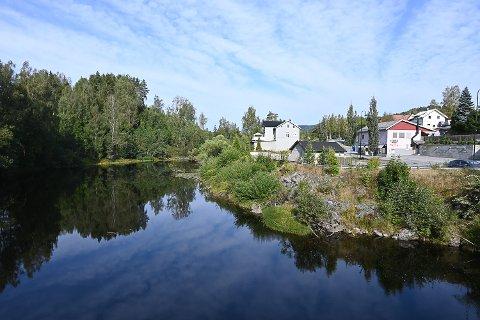 NY KVIKKLEIRESONE: På tomta der Kolberg & Nystrøm-butikken tidligere lå, er det avdekket en ny kvikkleiresone.