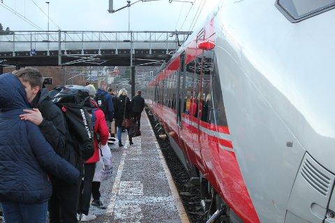 FORESLÅR ENDRINGER: For å kutte reisetida foreslår Go-Ahead å kutte utvalgte stopp langs Sørlandsbanen. De ønsker også å opprette nye avganger mellom Oslo og Stavanger.