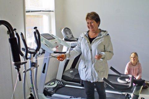 Varaordfører Ragnhild Kjørmo åpnet bygdas nye helsestudio.
