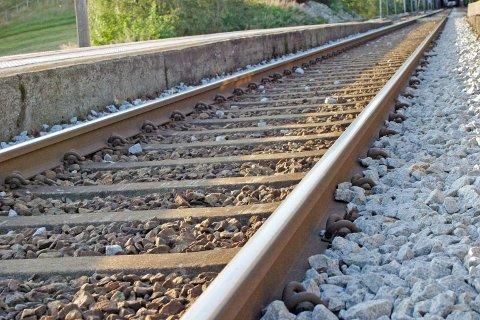 Jernbaneskinner på Hellvik