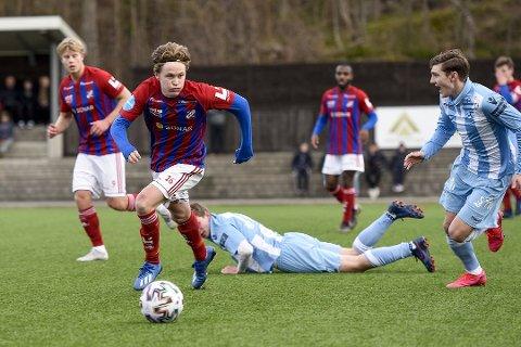 PERMANENT OVERGANG: Jakob Maslø Dunsby har ei fortid i Nøtterøy, Sandefjord Fotball og Helsingfors IFK. Han kom til EIK på lån fra Fram Larvik i fjor høst. Nå skal han ikle seg tigerdrakta ut 2022.
