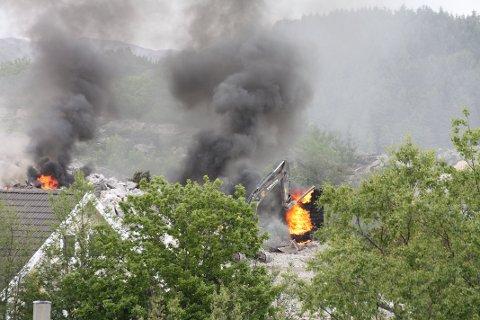BRANN: Det har oppstått brann etter sprengning på Eigerøy.