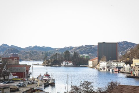 INDRE HAVN: Badstuflåten skal liggja slik at han blir tilgjengeleg frå Egersund sentrum. Her er vatnet for forureina til at det går an å bada.