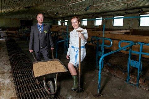 ELSKER LIVET SOM BØNDER: Ove Skretting Skjæveland og June Skretting Skjæveland eier en gård sammen og har viet sitt liv til bonde-tilværelsen i Bjerkreim.