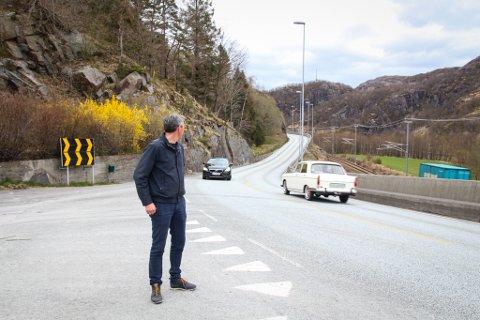 HAR IKKE GLEMT VEIEN MELLOM LOMELAND OG KROSSMOEN: Ordfører Odd Stangeland (Ap) forsikrer at han også er opptatt av tilførselsveien til det sørlige påkjøringskrysset til nye E39.