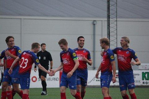 DET BLE TAP TIL SLUTT: Eiger-spillerne kunne glede seg over tre scoringer, men kampen mot Rosseland endte med relativt stygge sifre.