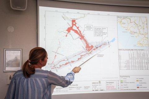 WORST CASE: Om hele demningen skulle rase ut, vil vann og sedimenter på svært kort tid rasere Åna-Sira, viser konsekvensanalysen av Titanias demning og landdeponi.