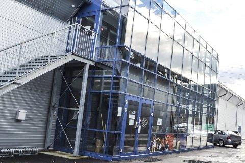 Tennishallen: Drammen Tennishall ble solgt for 8,5 milliner kroner i vinter.