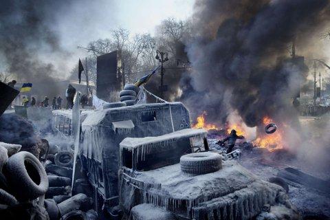 OPPRØR: Dette bildet tok Espen Rasmussen under de massive demonstrasjonene mot Ukrainas daværende president Viktor Yanukovych i Kiev.