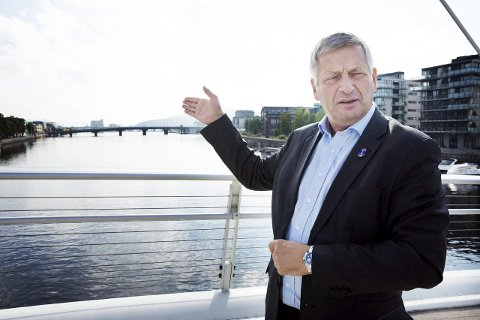 FYLKESORDFØRERKANDIDAT: Tore Opdal Hansen gir seg som ordfører i Drammen nyttårsaften 2019 etter over 40 år i bystyret, men er klar for nye oppgaver i Viken Høyre.