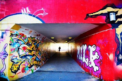 Ugang prosjektet. Vegger og underganger blir pyntet opp med grafitti.