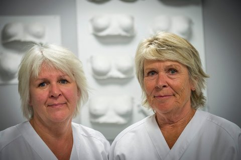 STERKE: Kari Løberg og Anne Skogli har samtaler med pasienter som har fått kreftdiagnose. De har fått god trening på det, men mener det dreier seg om å tørre. Tørre å prate om vanskelige og vonde temaer.