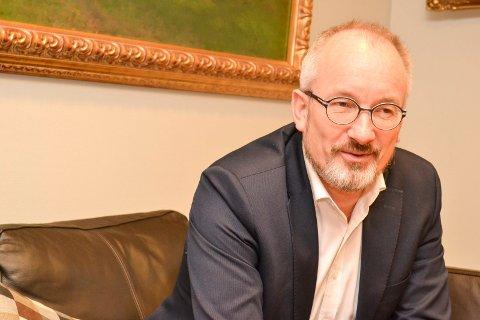 RENTEØKNING: Kunder hos Pål Strand, aministrerende direktør i Sparebanken Øst, har opplevd inntil to renteøkninger den siste tiden.