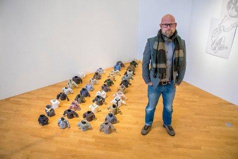 JURYLEDER: Fotokunstner Rune Guneriussen leder årets jury, som forøvrig består av Kikki Hovland, Stojan Minev, Ane Sagatun og Hilde Honerud.