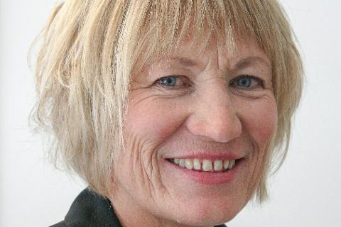 BEDRE: Elisabeth Holen, Nav-direktør i Buskerud, kan fortelle om lavere ledighet i mars.