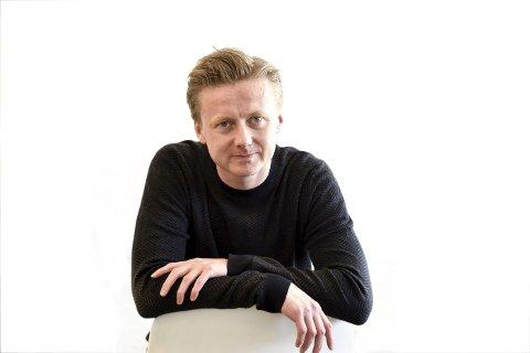 Øyvind Schou, journalist i Drammens Tidende
