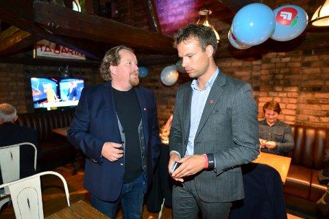 Partileder Morgen Langfeldt serverte alkohol og ga utmerkelse til stortingspresentant Jon Helgheim under årsmøtet i PrF sist helg.