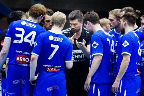 BYDERBY: DHK har fått besøk av lillebror St. Hallvard i eliteserien. Lagene møtes allerede i første serierunde.