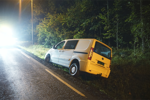 Mannen som kjørte av veien i Mjøndalen skal ha vært god og full, ifølge politiet.