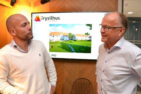 HUSBYGGERE: Økonomiansvarlig Kjetil Jordanger og konsernleder Ole Feet i Trysilhusgruppen ønsker seg bedre finansieringsordninger slik at unge nyetablerte kan kjøpe seg ny bolig.