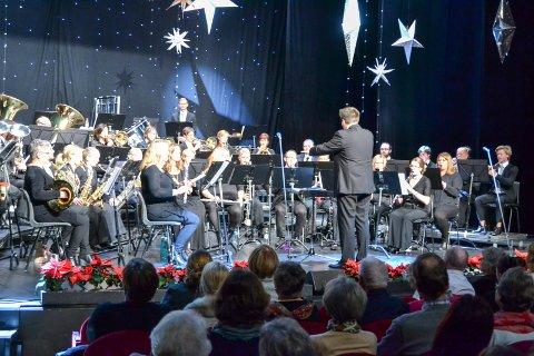 TRADISJON: Hvert år på 3. januar avholder Drammen Konsertorkester sin nyttårskonsert i Drammens Teater, også i år med dirigent Thor Anders Trelease Eriksen.